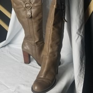 Nine West Womens Size 8 M Tan Knee High Boots